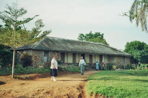 1999 - 10